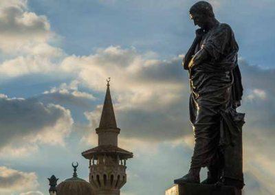 Statuia Ovidiu Constanța